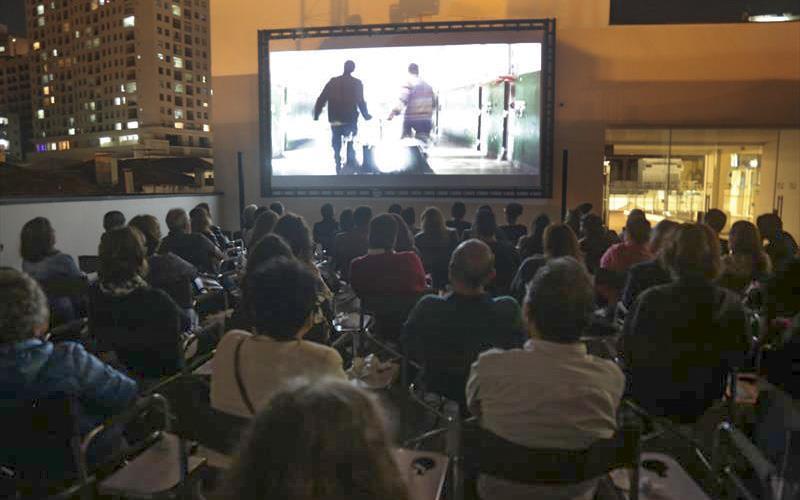 Filmes de Natal no Cine Passeio e Flash Mob...